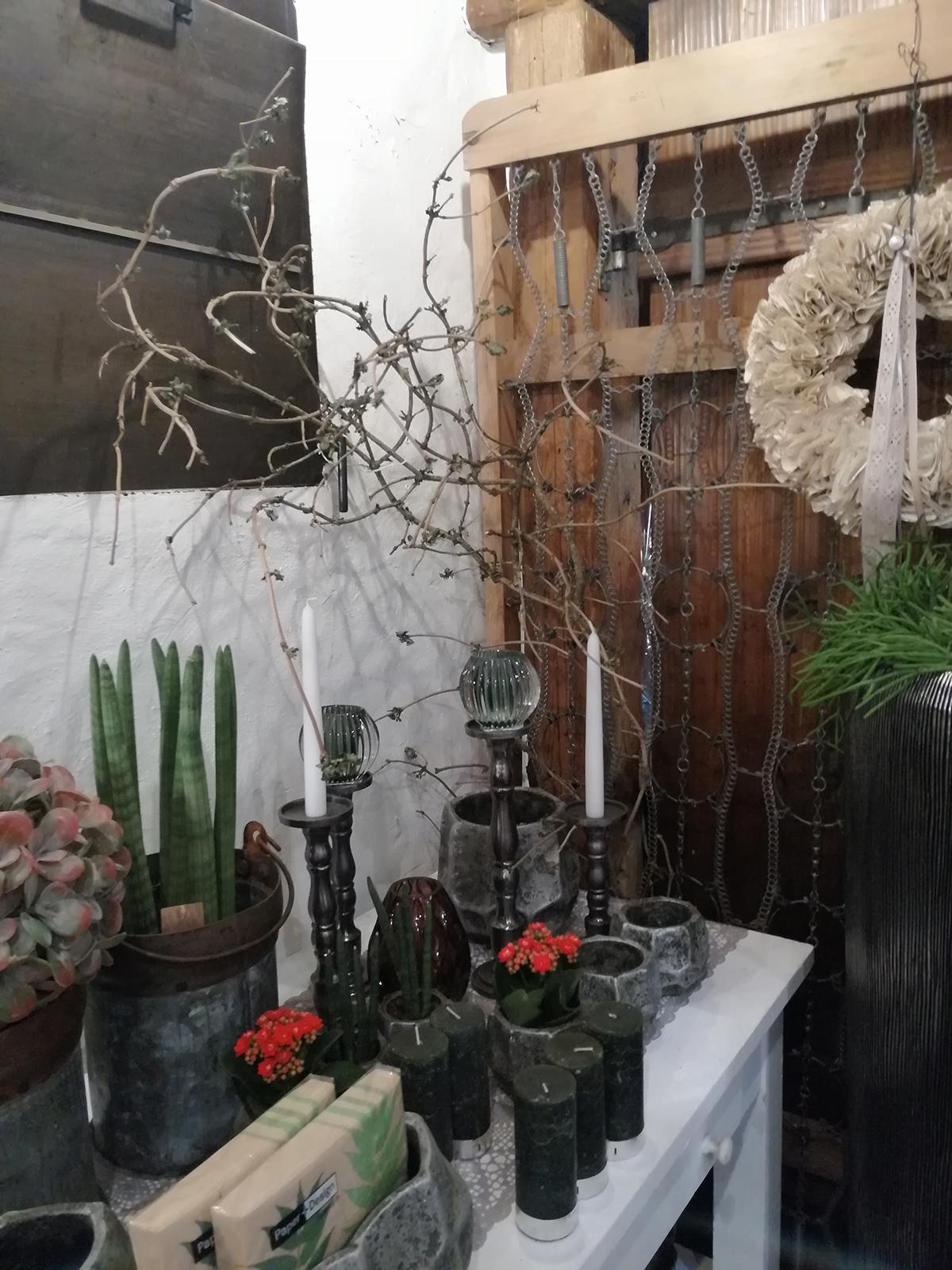Themenfeld_Ausstellungsraum_3_April_2020